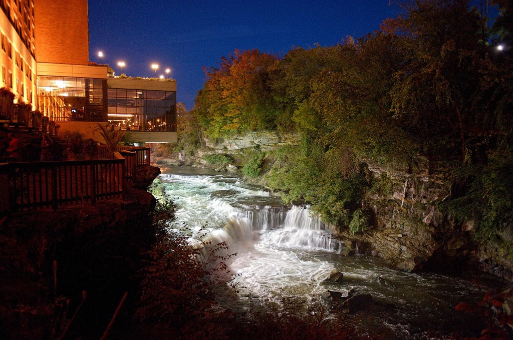 The falls at the sheraton suites in Cuyahoga Falls, ohio at night